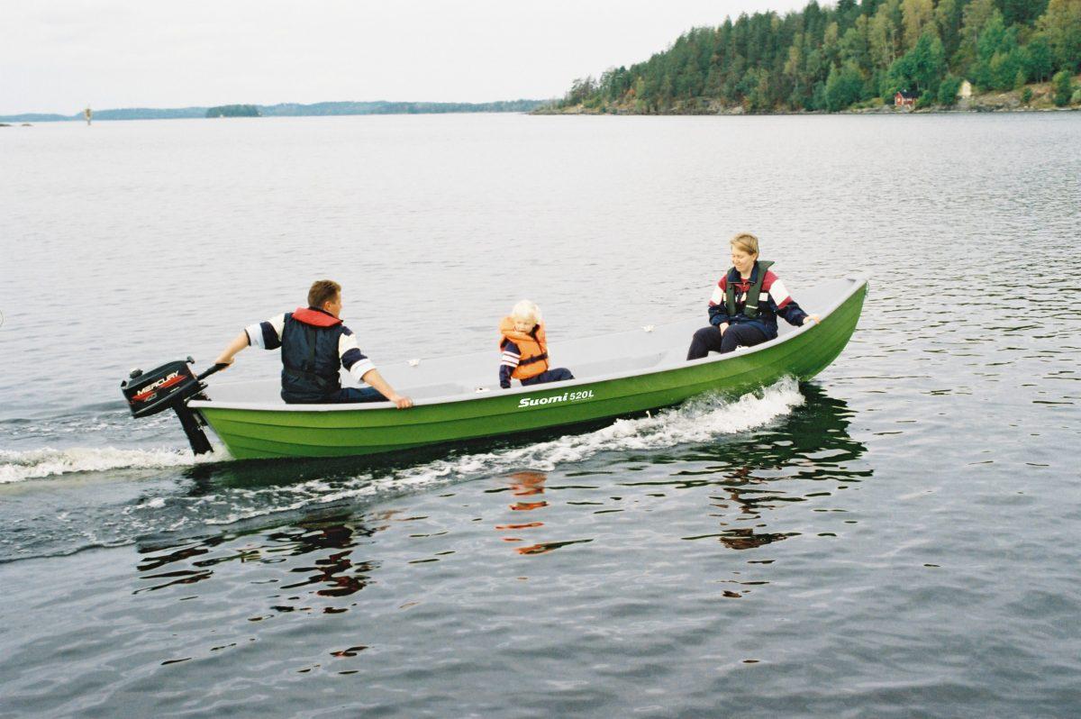 Suomi 520L soutuvene