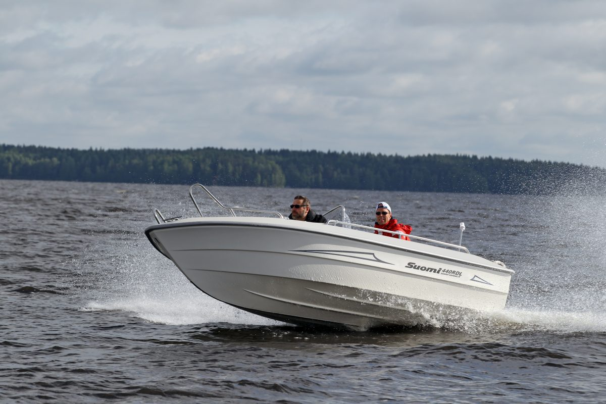 Suomi 440 moottorivene