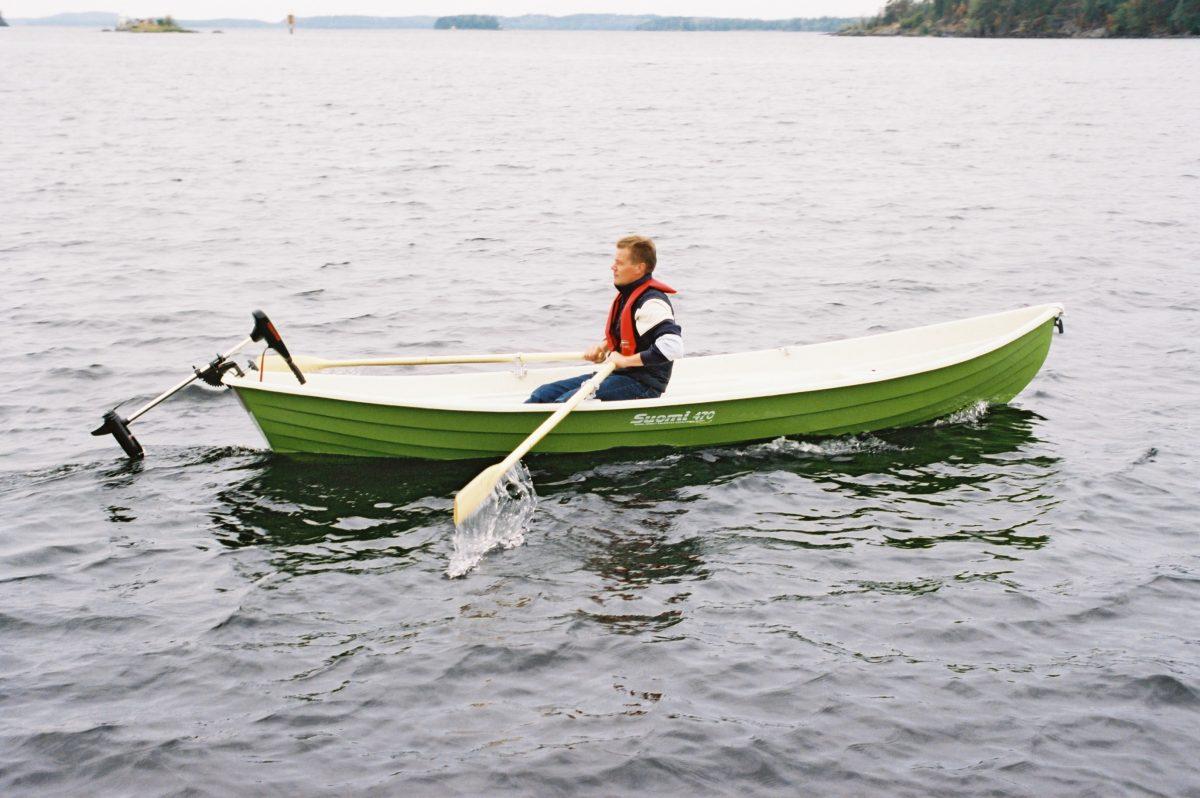 Suomi 470 soutuvene, yksikuorimalli